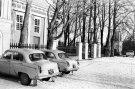 Mašinos prie Raguvėlės bažnyčios - Nuotraukos autorius: Girčys Izidorius