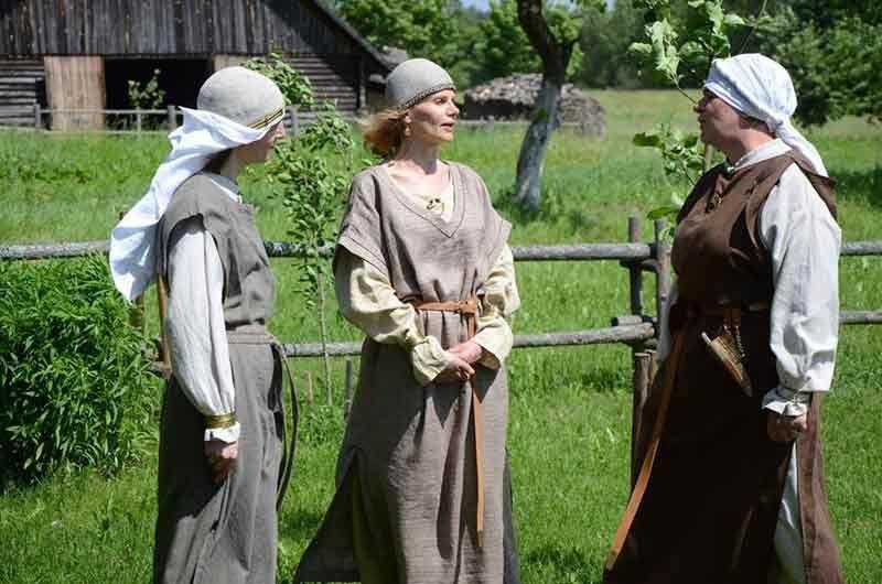 Lietuviškos sutartines su Anykščių sutartinių ansambliu Obelėla