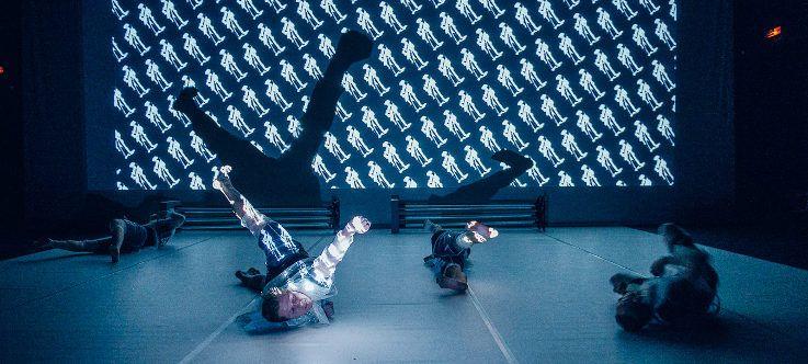 """Šiuolaikinio šokio spektaklis """"Rezonansas"""""""