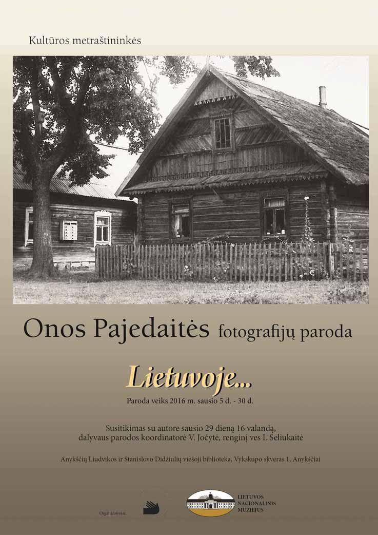 """Susitikimas su fotografijų parodos """"Lietuvoje..."""" autore fotomenininke Ona Pajedaite"""