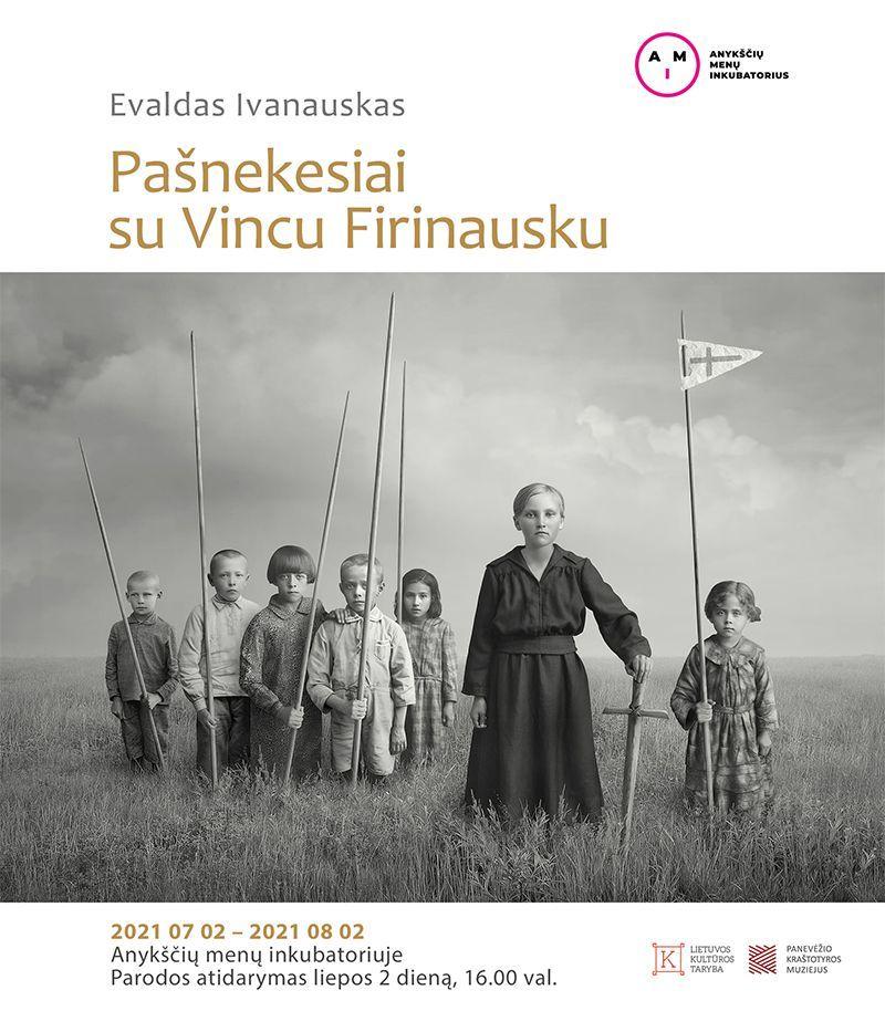 """Evaldo Ivanausko paroda """"Pašnekesiai su Vincu Firinausku"""""""