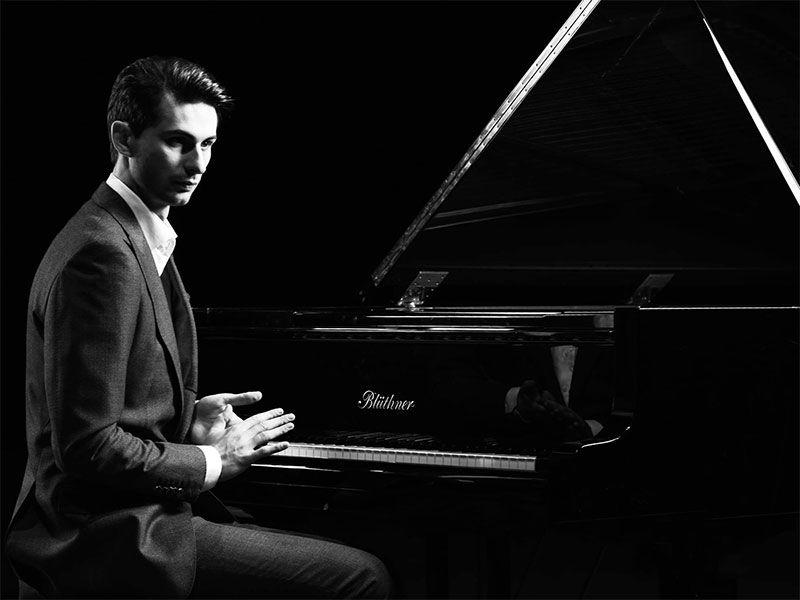 Jurgio Aleknavičiaus (fortepijonas) koncertas