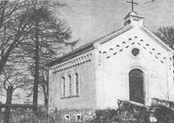 """Antano Vienuolio """"Vėžyje"""" aprašytoji koplytėlė (senosiose kapinėse)"""