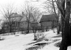 A. Vienuolio namas