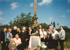 2006 09 14 - N. Elmininkų bedruomenė paminės Šv. Kryžiaus išaukštinimo dieną
