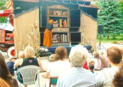 """2011 07 09 - Panevėžio lėlių vežimo teatro spaktaklis """"Skiltuvu"""""""