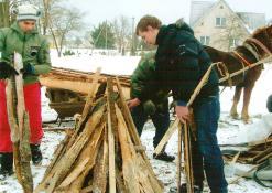2012 02 21 - Užgavėnių šventė Naujuosiuose Elmininkuose