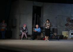 Aktoriai: A.Gradauskas, R. Valiūkaitė, A. Dainavičius, E. Gudavičiūtė, R. Bagdzevičius