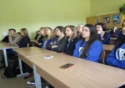 Mokiniai paskaitoje