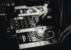 DJ aparatūra