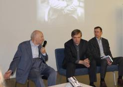 """2017 11 30 - Bronislovo Genzelio knygos """"Politikos laisvamanio užrašai: sovietmetis, Sąjūdis, nūdiena"""" pristatymas ir diskusija"""