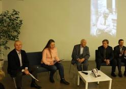 Bronislavas Genzelis ir autoriaus knygos bendraminčiai