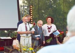 Sveikinimai Anykščių rajono garbės piliečiui Ferdinandui Jakšiui