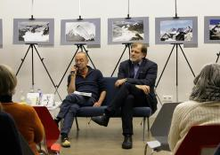 2018 10 25 - Susitikimas su rašytoju Valdu Papieviu Anykščių bibliotekoje