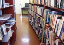 Naujųjų Elmininkų biblioteka