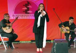 Dainininė Celia Leiria