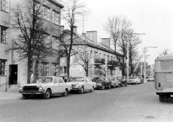 Vestuvininkų automobiliai J. Biliūno gatvėje
