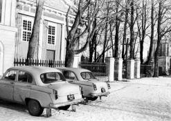 Mašinos prie Raguvėlės bažnyčios