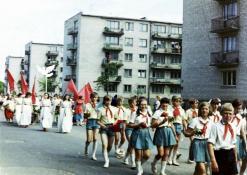Vasaros šventė - eisenoje jauniausieji pionieriai