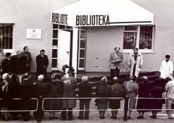 1995 09 29 - Anykščių viešosios bibliotekos atidarymas naujame pastate J. Biliūno g. 35