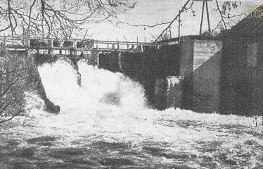 """Fotokonkursas """"Anykščiai ir apylinkės"""" (1959) - Anykštos elektrinės užtvanka"""