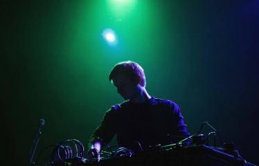 "Elektroninės muzikos festivalis ""The Machine Started To Flow Into A Vein (Vol. 5)"" - Lys"
