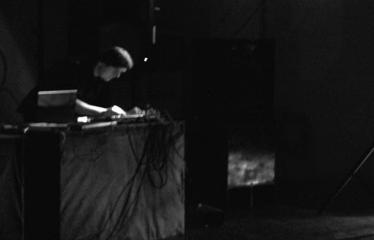 """Elektroninės muzikos koncertas """"ELEKTROSPIEČIUS II"""" - Inwards"""