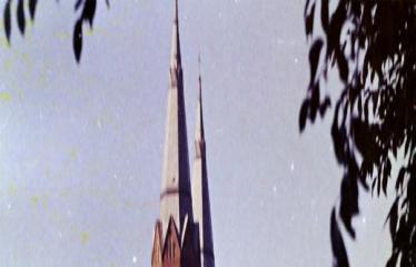 """Fotokonkursas """"Anykščiai ir apylinkės"""" (1977) - Turgus prie bažnyčios"""