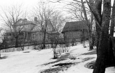 """Fotokonkursas """"Anykščiai ir apylinkės"""" (1954) - A. Vienuolio namas"""