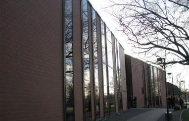 Oficialios Anykščių L. ir S. Didžiulių Viešosios bibliotekos atidarymo iškilmės - Anykščių L. ir S. Didžiulių viešoji biblioteka