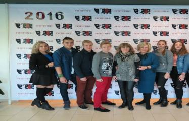 """Nacionalinės dramaturgijos festivalis """"Pakeleivingi″ (2016) - Rolandas Kazlas """"Atrask mane"""" - Jolanta Pupkienė ir Dijana Petrokaitė su festivalio svečiais"""