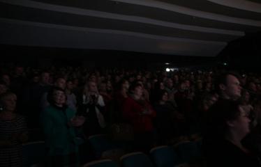"""Nacionalinės dramaturgijos festivalis """"Pakeleivingi″ (2016) - Gabrielė Tuminaitė """"Bedalis ir labdarys"""" - Publika"""