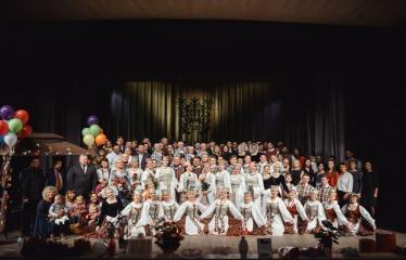"""Šventinis koncertas """"Ošimas…"""" - Anykščių kultūros centro šokių ansamblis """"Gojus"""""""