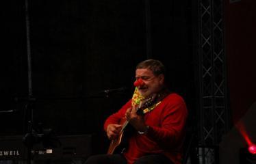 """Festivalis """"Purpurinis vakaras"""" (2016) - Didysis festivalio pabaigos koncertas - Kostas Smoriginas"""