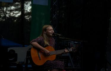 """Festivalis """"Purpurinis vakaras"""" (2016) - Penktadienio vakaro koncertas - Gerda Kalvaitytė"""