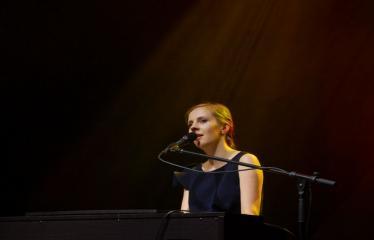 """Festivalis """"Purpurinis vakaras"""" (2016) - Didysis festivalio pabaigos koncertas - Ieva Narkutė"""