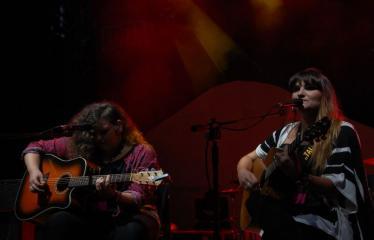 """Festivalis """"Purpurinis vakaras"""" (2016) - Penktadienio vakaro koncertas - Maria Rozalen ir Rocio Ramos"""