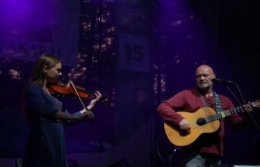 """Festivalis """"Purpurinis vakaras"""" (2016) - Didysis festivalio pabaigos koncertas - Romas Naidzinavičius ir Jovita Šiugždinaitė"""