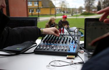 Idėjų Labo grafinio dizaino studijos atidarymas - DJs
