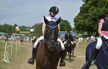 """37-oji Respublikinė tradicinės kultūros ir žirgų sporto šventė """"Bėk bėk, žirgeli!"""" (2016) - Šventės akimirka"""
