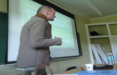 2016 04 15 - Seimo nario, konservatorius Roko Žilinsko viešojo kalbėjimo pamoka
