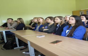 Seimo nario, konservatorius Roko Žilinsko viešojo kalbėjimo pamoka - Mokiniai paskaitoje