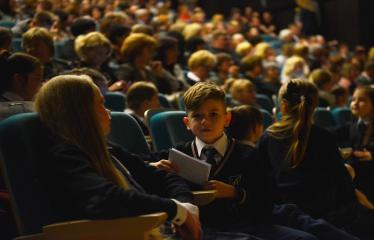 """Antano Vienuolio mokyklos 95-ųjų metinių šventinis renginys """"Laiko laiškai"""" - Antano Vienuolio mokyklos mokytojai ir mokyniai"""