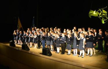 """Antano Vienuolio mokyklos 95-ųjų metinių šventinis renginys """"Laiko laiškai"""" - Antano Vienuolio mokyklos mokyniai"""