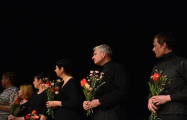"""Tarptautinis mėgėjų teatrų festivalis """"ARTimi"""" (2017) - Spektaklis """"Teatro fragmentas 1"""", """"Ateina ir išeina"""" - Iš kairės į dešinę: T. Alte, S. Šerelienė, J. Gnedova, E. Ražanienė, Ž.P. Smalskas, G. Kazakevičius"""