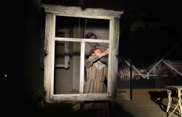 """Tarptautinis mėgėjų teatrų festivalis """"ARTimi"""" (2017) - Spektaklis """"Prieblandoje"""" - Aktorė Jovita Povilavičienė"""