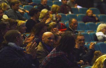 """Tarptautinis mėgėjų teatrų festivalis """"ARTimi"""" (2017) - Spektaklis """"1984"""" - Publika"""