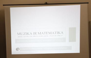 """Giedriaus Alkausko paskaita """"Muzika ir matematika: kiek tai yra muzikologija, kiek - pati muzika?"""" - Renginio akimirka"""