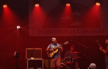 """Festivalis """"Purpurinis vakaras"""" (2017) - Penktadienio vakaro Didysis koncertas - """"Baltasis Kiras"""" ir grupė"""