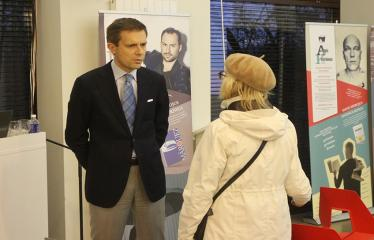 """Diskusija """"#ValstybėEsuAš. KAIP KURSIME ATEITIES LIETUVĄ"""" - Andrius Tapinas bendrauja su renginio svečiais"""